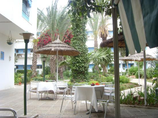 Residence Hammamet: Двор