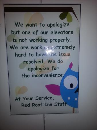 Red Roof Inn & Suites Atlantic City : Elevator Out of Service