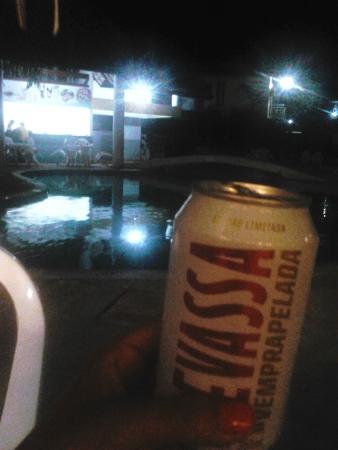 Sunshine Praia Hotel: Nochecita en la pile...