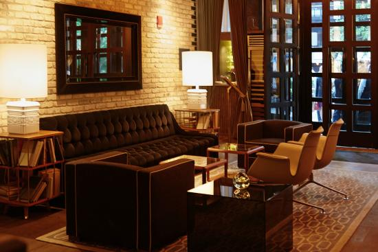 King corner suite picture of thompson chicago a for Thompson hotel chicago