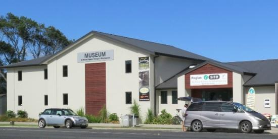‪Raglan & District Museum‬
