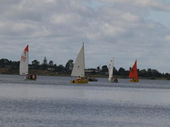 Lake Boga Australia  city photos gallery : Yacht race on Lake Boga Foto de Flying Boat Museum, Lake Boga ...