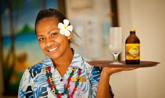 Gecko's Resort: Enjoy an icy cold Fiji Gold