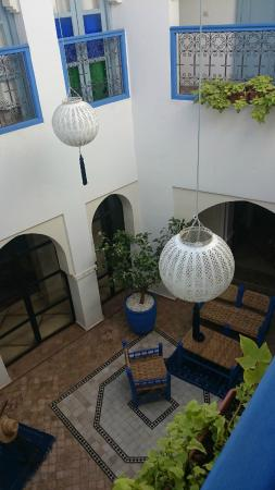 Riad L'Orange Bleue : Le patio