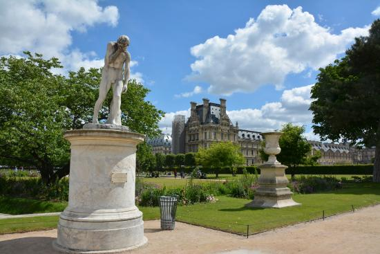 Picture of jardin des tuileries paris for Jardin tuileries