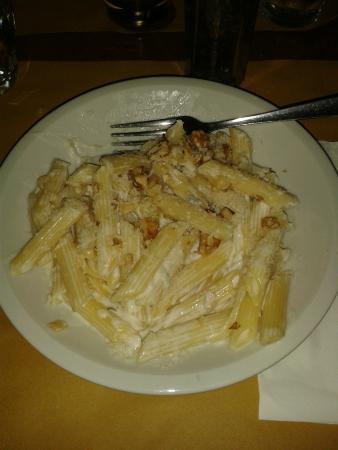 Crota Piemunteisa: Penne formaggi e noci