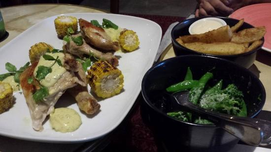 Goldfish Bar & Kitchen: Sous Vide Spatchcock with Blackened Corn and Bearnaise