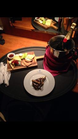 Whitehall Hotel : Rom Service