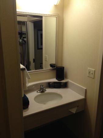 Courtyard Basking Ridge: La salle de bain
