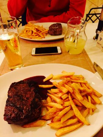 Keller Steak House: Food