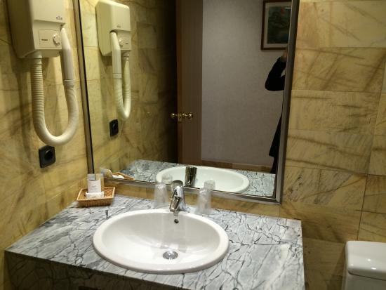 Flor Parks Hotel : Cuarto de baño