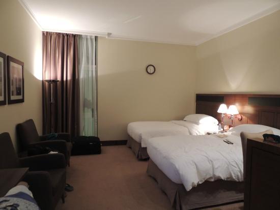 J5 Rimal : Room