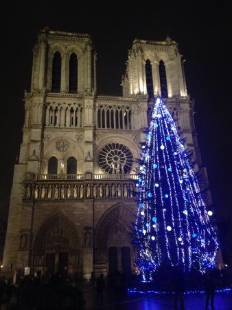 Auberge de Jeunesse MIJE  Fauconnier: A due passi da Notre Dame!