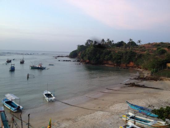 Bay Beach Hotel: side view