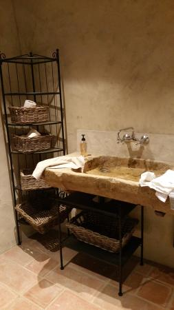 Domaine du Mas Becha : Les toilettes !!!!