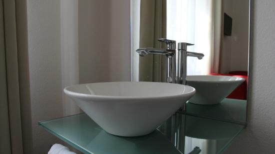 Deutscher Kaiser Lichtental : Komfortzimmer / Comfort Room