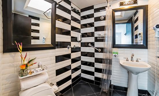 Hotel Classic : baño