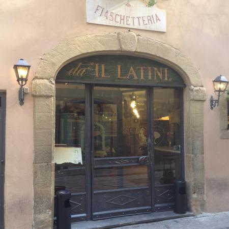 Restaurante Il Latini: l'esterno del locale