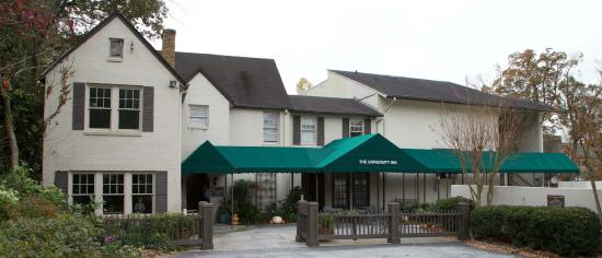 The University Inn at Emory: Main Entrance