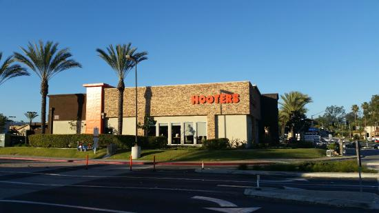 Hooters - San Marcos