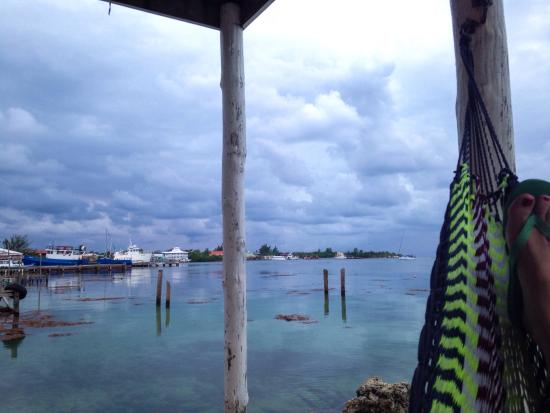 Rubi's Inn: Last night, relaxing in hammock, crystal blue waters lapping to shore.
