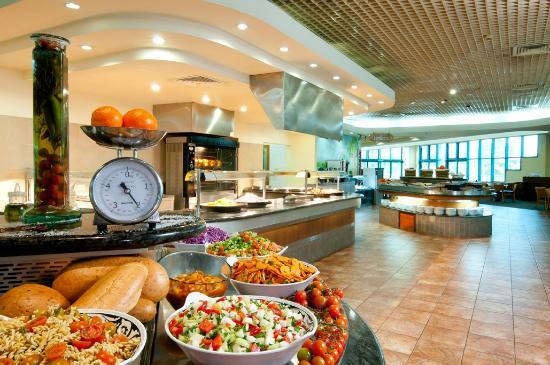 U Sunrise Club Eilat All Inclusive: dining