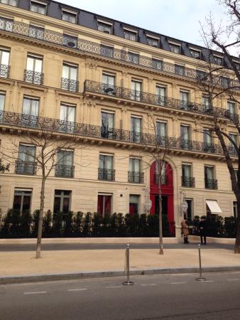 La fa ade picture of la reserve paris hotel and spa for Hotel design paris spa