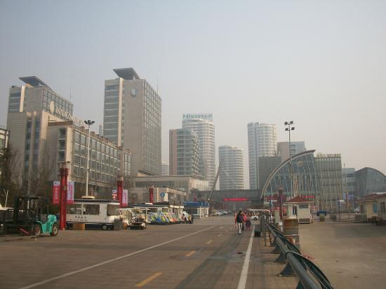 Qingdao International Sailing Centre: Part of the walk along the shore