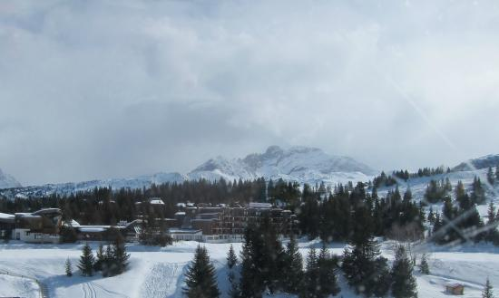 Hotel Mercure Courchevel (view from the slopes)