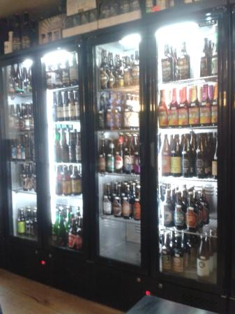 Teign Cellars: Wall to wall drinks
