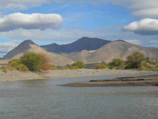 Foto de Chos Malal, Provincia de Neuquén: Vista del Río Neuquen -  Tripadvisor
