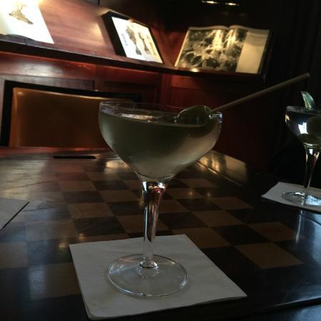 Hudson图书馆酒吧