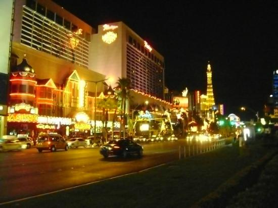 reviews of casino royale las vegas