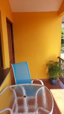 Isla Verde Hotel: Part of balcony