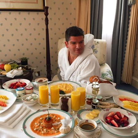 The Dorchester: Perfect breakfast