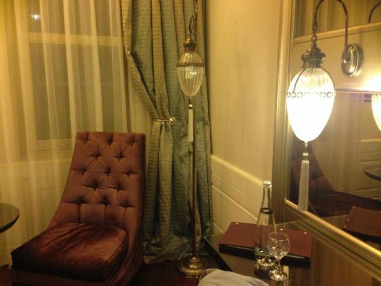 Levni Hotel & Spa : chambre décorée avec goût