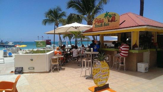 Piña Beach Bar