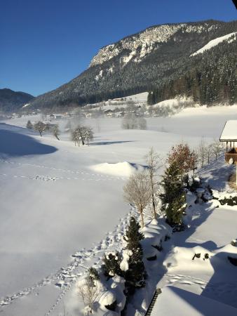 Moedlinger Hotel & Sport: snow from balcony