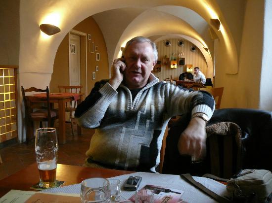 Cafe bar Nad Certovkou: В помещении