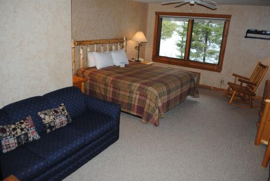 Manhattan Beach Lodge: King Suite
