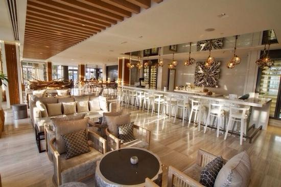 The catch restaurant bar abu dhabi picture of catch for Ristorante cipriani abu dhabi
