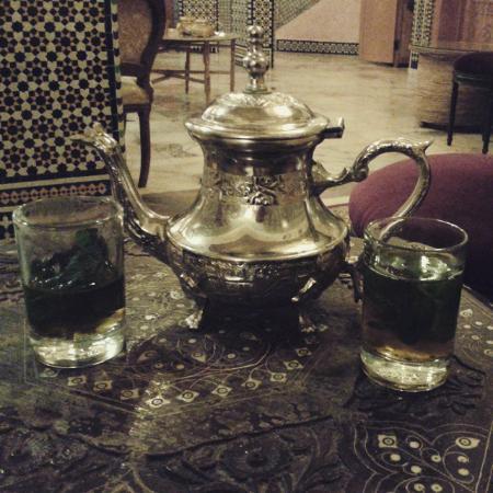 Dar Al Madina Al Kadima : Te a la menta del hotel