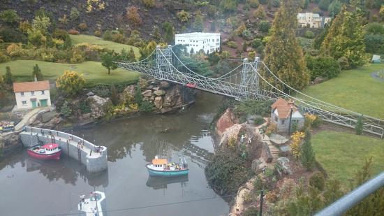 Torquay, UK: Harbour and rail bridge