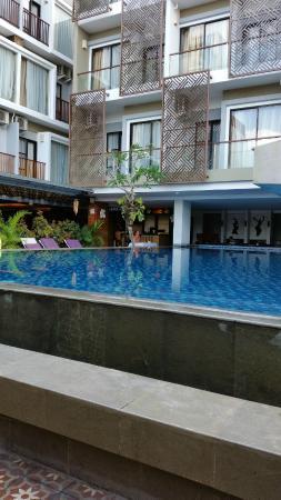 Hotel Horison Seminyak: Pool