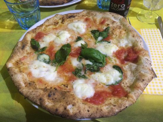 Pizza AM : Impasto buonissimo e molto digeribile!!