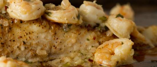 SunQuest Cruises: Shrimp scampi over grouper is only one of the many coastal cuisines prepared on our dinner cruis