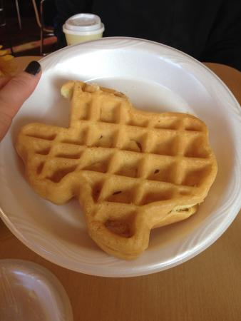 TownePlace Suites Dallas Lewisville: Not Texas Toast... But Rather Texas Waffles!
