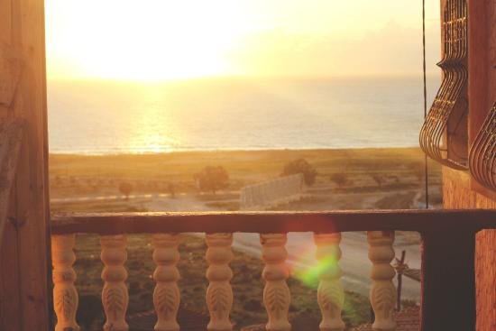 Free Surf Maroc: Sea view from roof terrace
