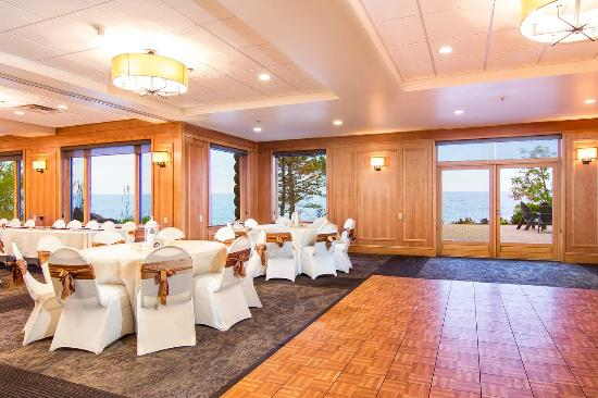 Grand Superior Lodge Updated 2017 Prices Amp Hotel Reviews