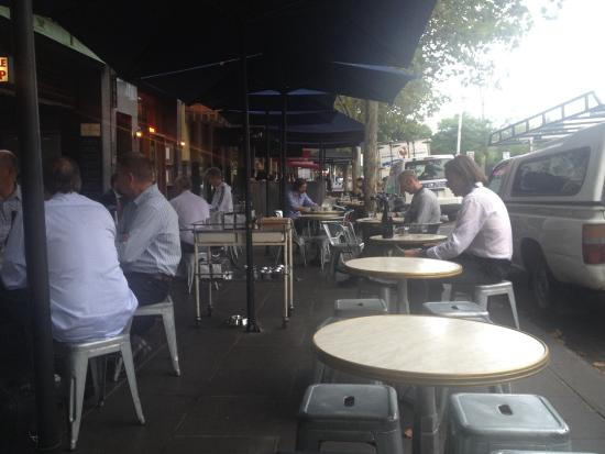 City Wine Shop: Outside seating